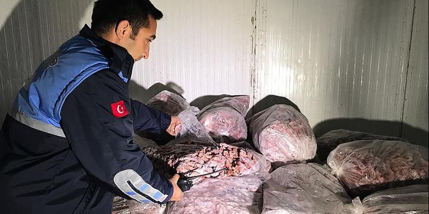 Adana'da 'kaçak tavuk kesimi' operasyonu