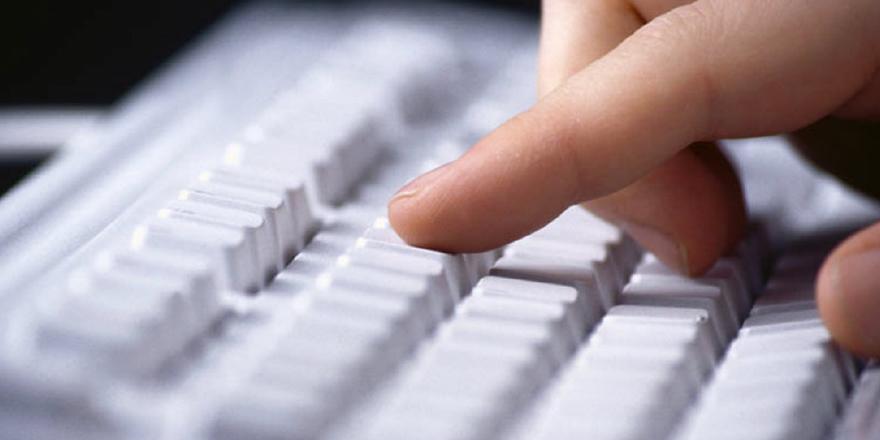 EANA'dan internet devlerine 'telif hakkı' uyarısı