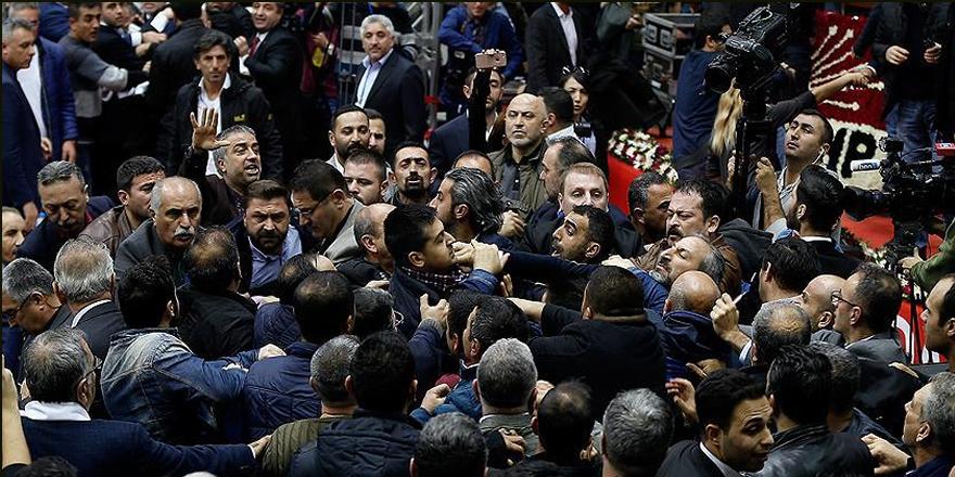 CHP İzmir ve Afyonkarahisar kongrelerinde gerginlik