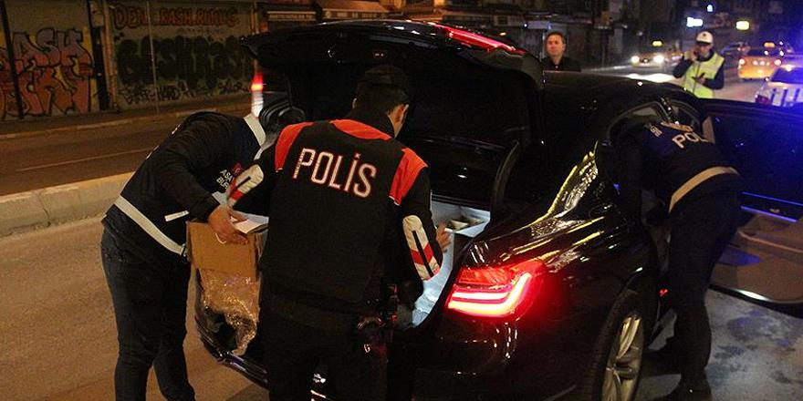 """İstanbul'da 2 bin 400 polisle """"Yeditepe Huzur"""" asayiş uygulaması"""