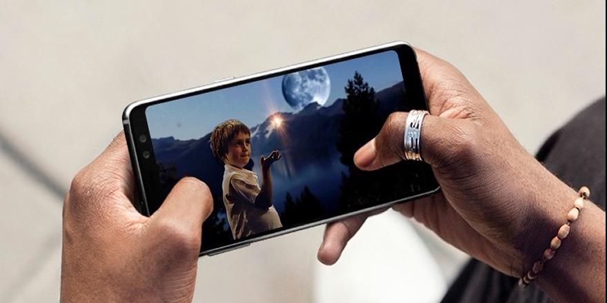 Samsung Galaxy A8 Türkiye'ye geliyor!