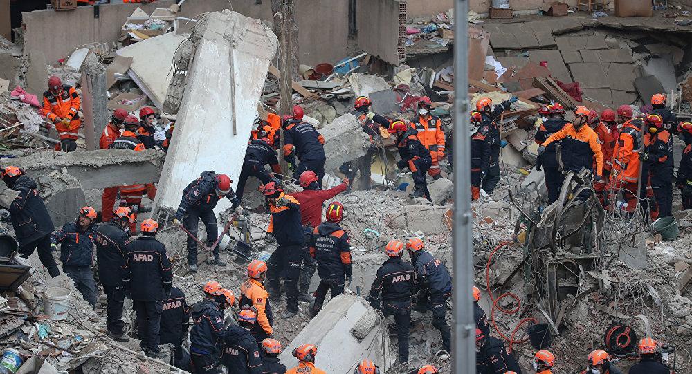 Sağlık Bakanı Koca: Hayatını kaybedenlerin sayısı 17'ye yükseldi