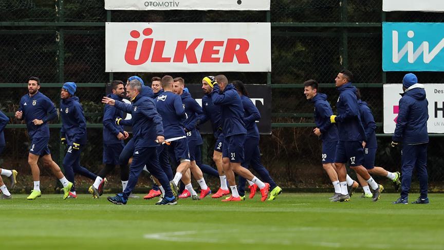 Fenerbahçe'de Avrupa mesaisi başladı