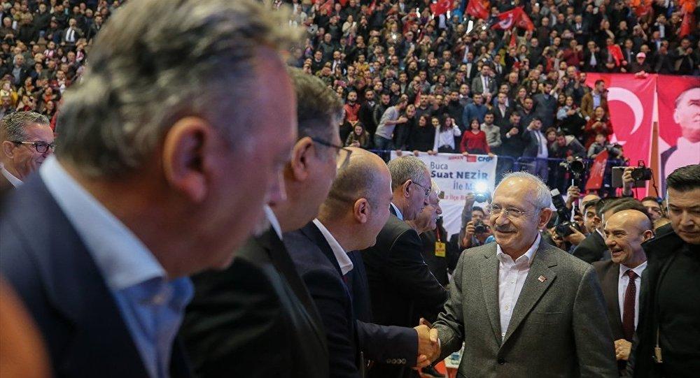 AK Parti ve MHP'nin 2014 adayları CHP'ye katıldı