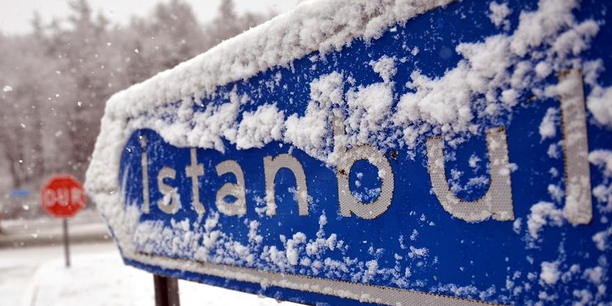 Meteoroloji'den yeni açıklama: İstanbul'a kar geliyor
