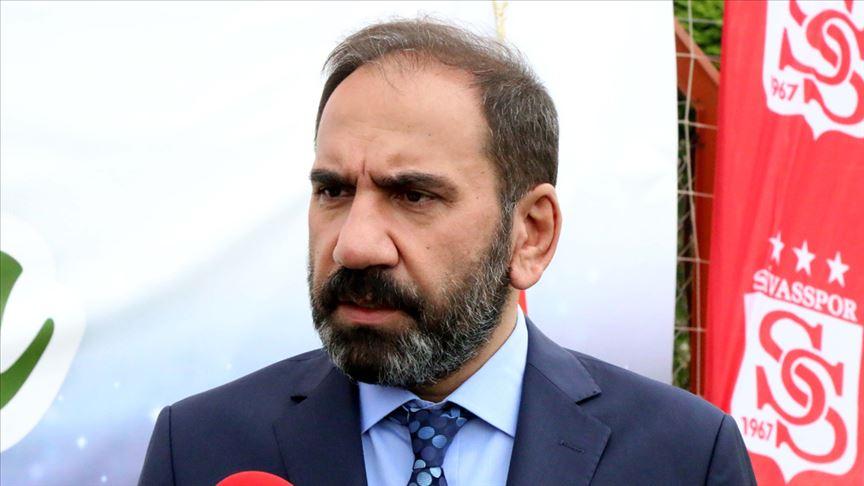 Sivasspor Kulübü Başkanı Mecnun Otyakmaz: Yabancı oyuncu sayısı 10'a düşürülebilir