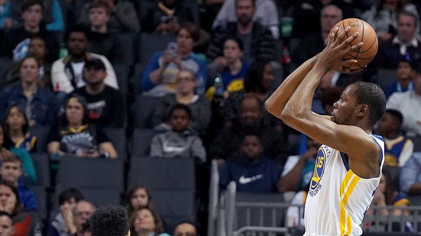 Warriors son saniye basketiyle kaybetti