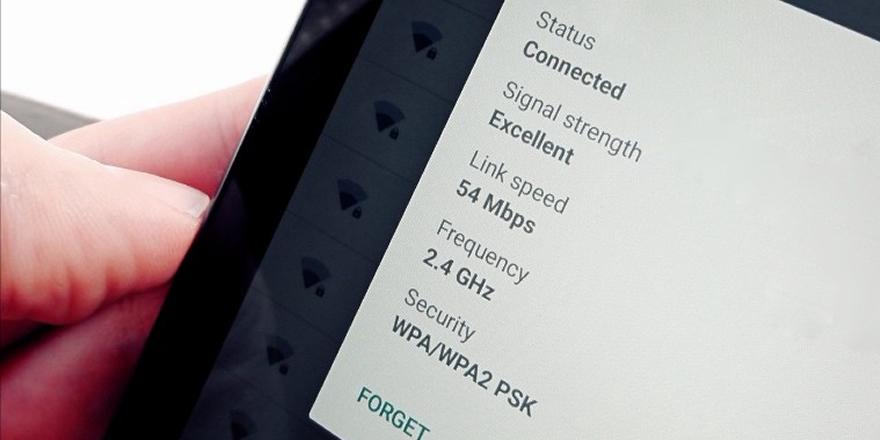 QR kod ile Wi-Fi şifresi nasıl paylaşılır?