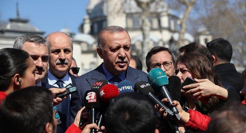 Erdoğan: Omuz omuza olmamız gerekirken başka mecralara yönelenleri görüyorum