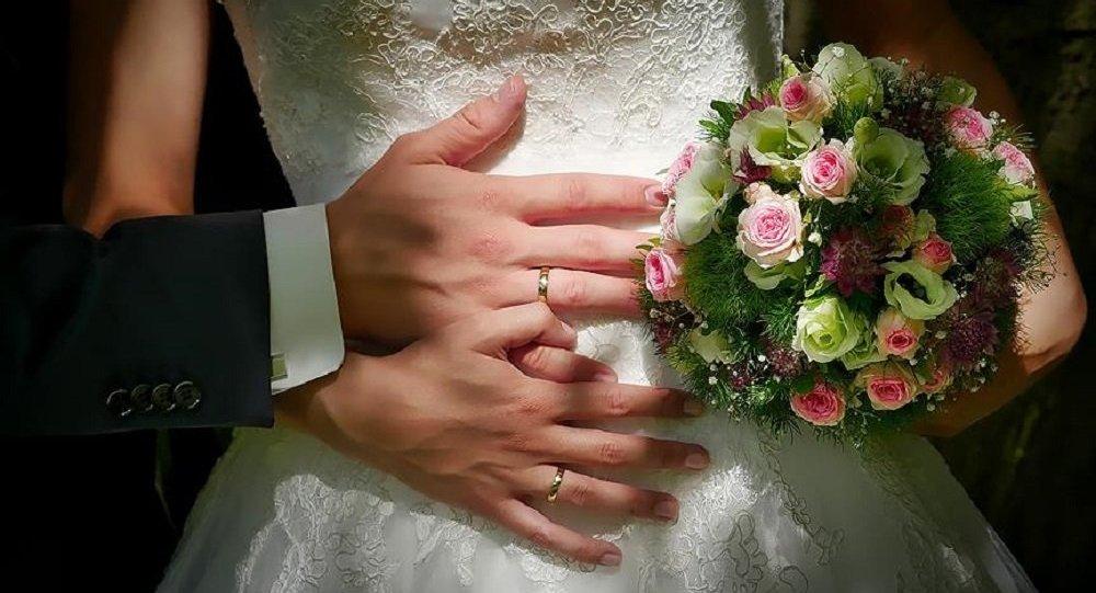 Yeni Şafak: 'Benimle evlenir misin?' sorusunun maliyeti artık 5 bin lirayı buluyor