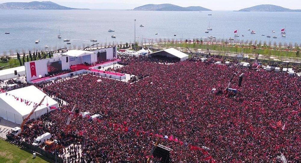 Maltepe'de İmamoğlu'nun çağrısıyla 'İstanbul'a Yeni Bir Başlangıç Buluşması'
