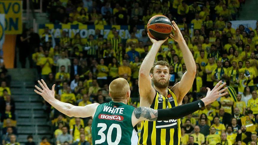 Fenerbahçe Avrupa'daki yükselişini sürdürüyor