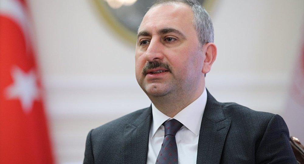 Adalet Bakanı Gül: Herkese düşen görev karara saygı duymak