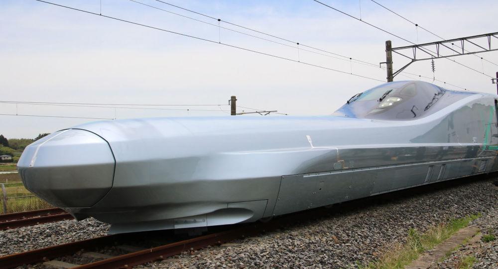 Dünyanın en hızlı treni Japonya'da test ediliyor