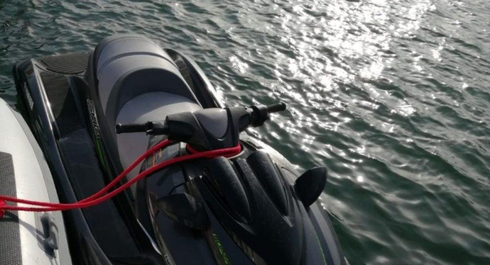 Jet-ski ile Türk kara sularına giren İsveçli yakalandı