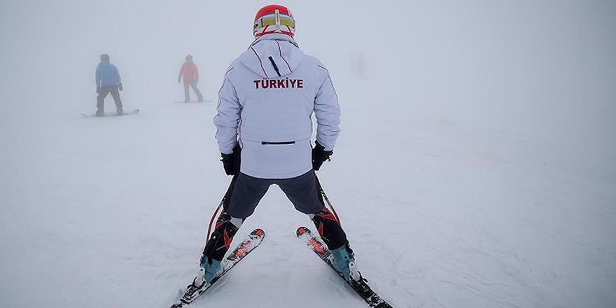 Paralimpik kayakçının hedefi Güney Kore'den madalyayla dönmek