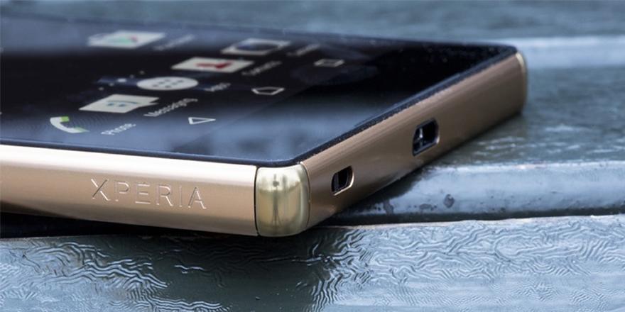 Kulaklık girişi olmayan Sony Xperia akıllı telefon onaylandı