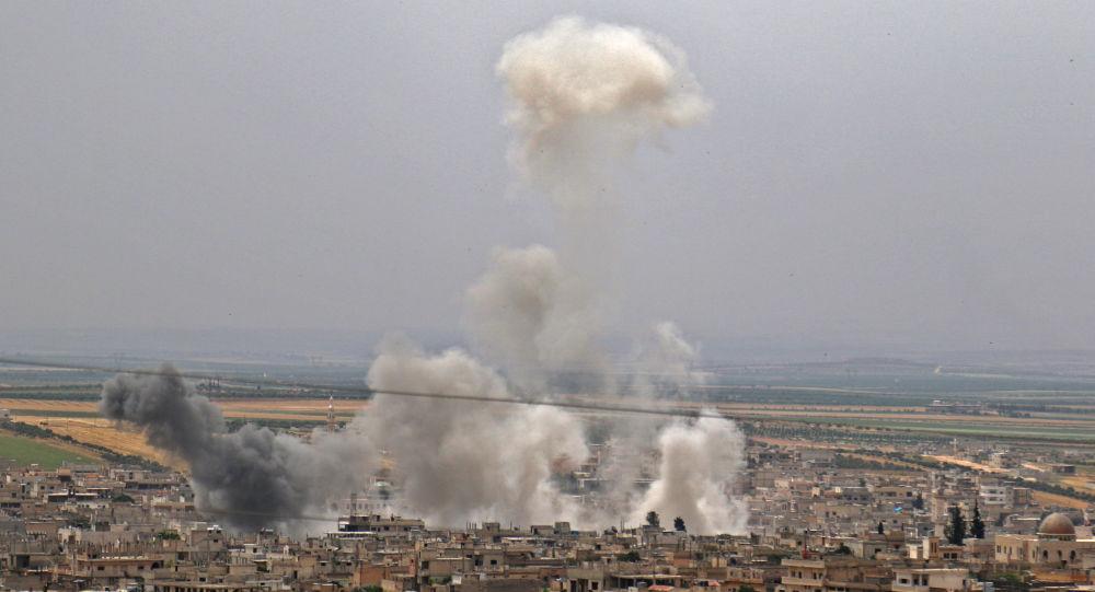 Suriyeli askeri kaynak doğruladı: İdlib'de militanlar bir savaş uçağımızı düşürdü