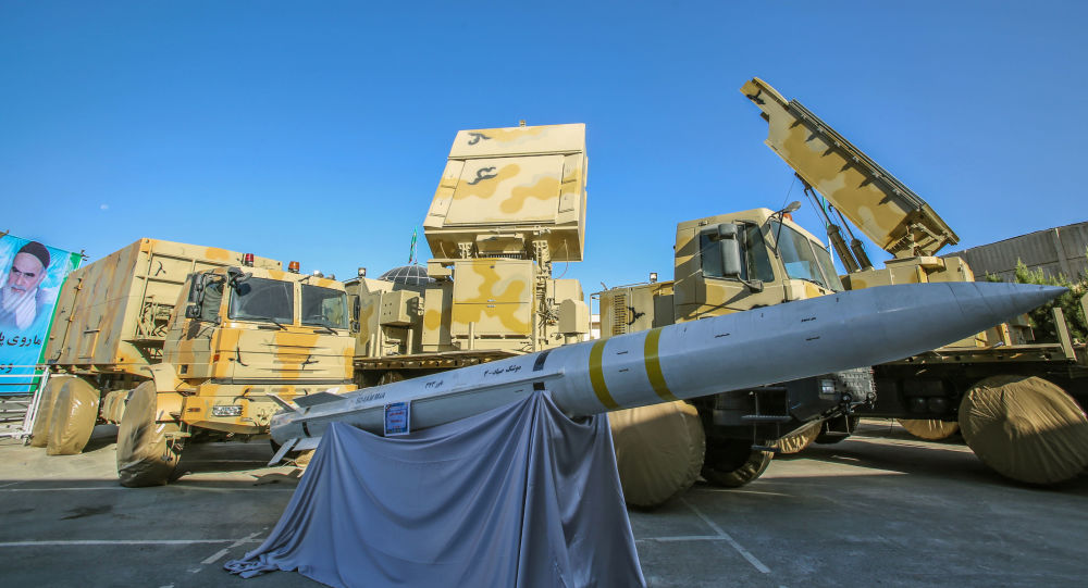 İran yerli üretim hava savunma sistemini tanıttı: Baver 373