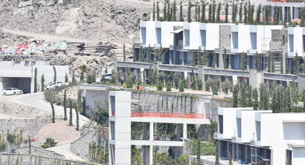 Bodrum'da imara aykırılıklar yapıların yıkımına başlandı