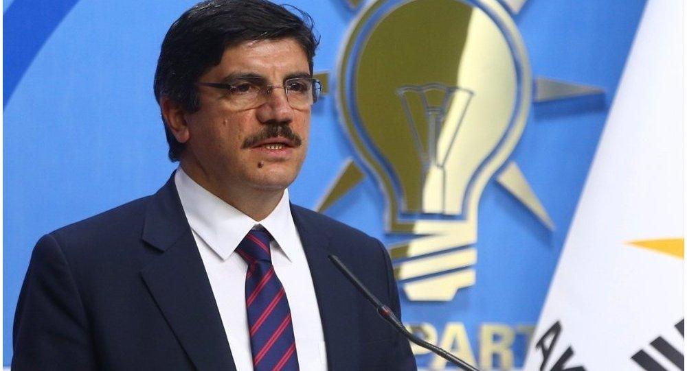 AK Parti Genel Başkan Danışmanı Aktay: Ne oluyor, çıkan bunca yasa yeterince kadını koruyamıyor mu?