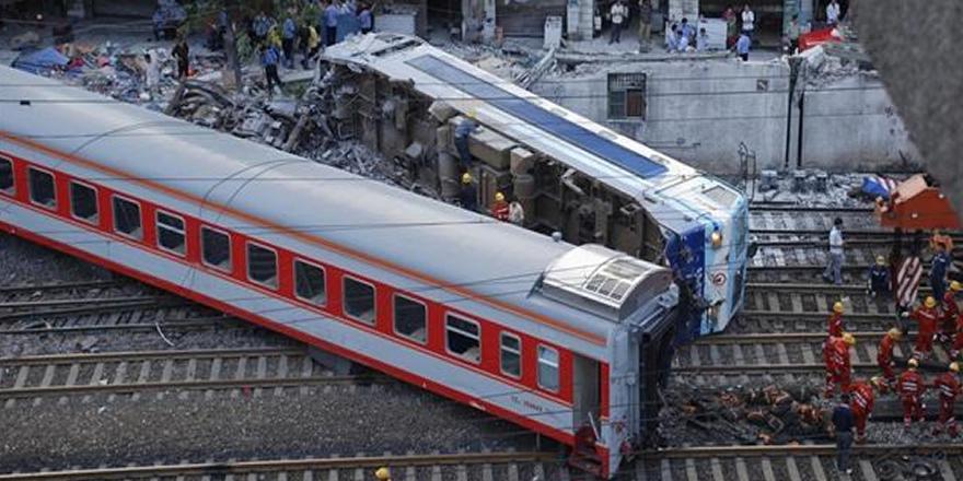 Milano'da tren kazası! Ölü ve yaralılar var