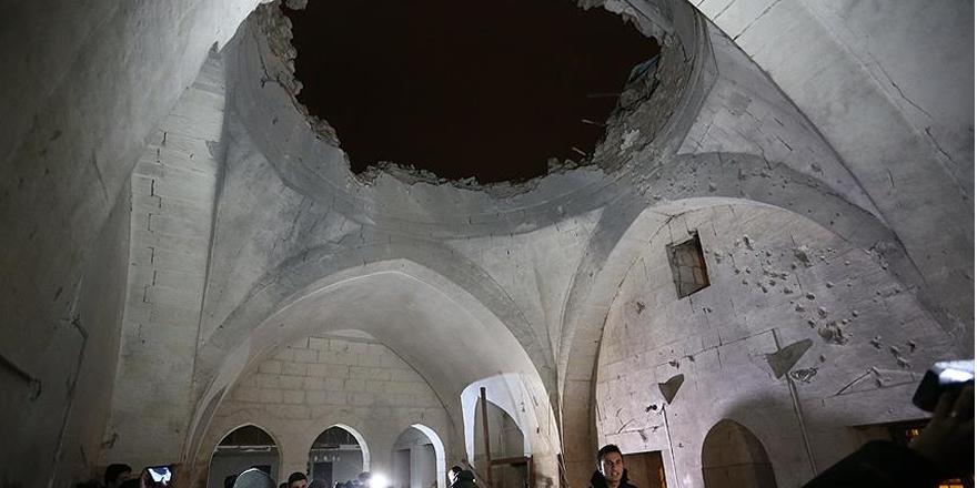 Kilis'te camiye roket düştü: 2 ölü, 11 yaralı