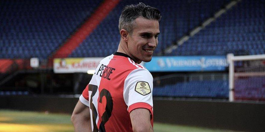 Hollanda, Van Persie'yi bağrına bastı
