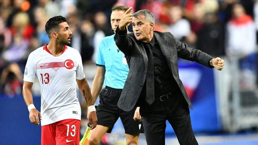 A Milli Futbol Takımı Teknik Direktörü Güneş: Lider olmak bizi mutlu etti