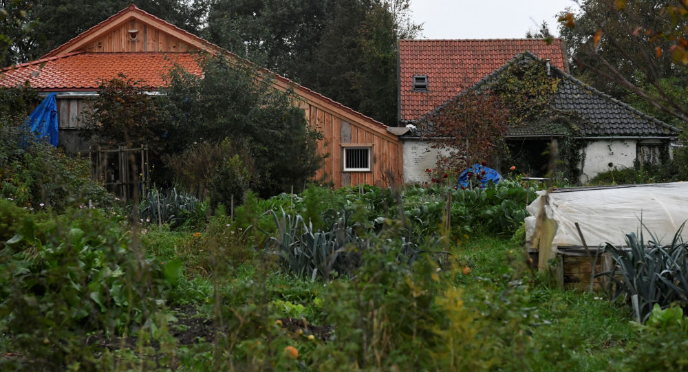 Hollanda'da yıllarca bodrumda yaşayan aile: Baba, kendi tarikatını kurmaya çalışmış