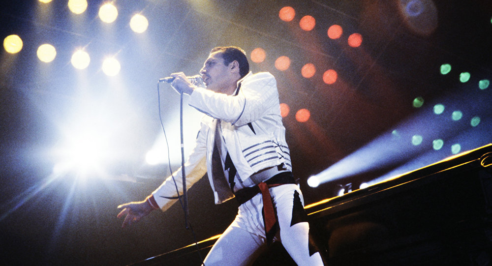 YouTube, Queen grubunun 3 şarkısına binlerce hayranla klipler hazırladı