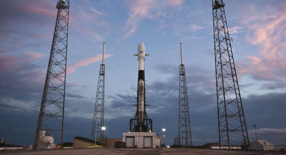 Elon Musk'ın Starlink projesi yüzünden 'bulanık gören' astronomlar kızgın