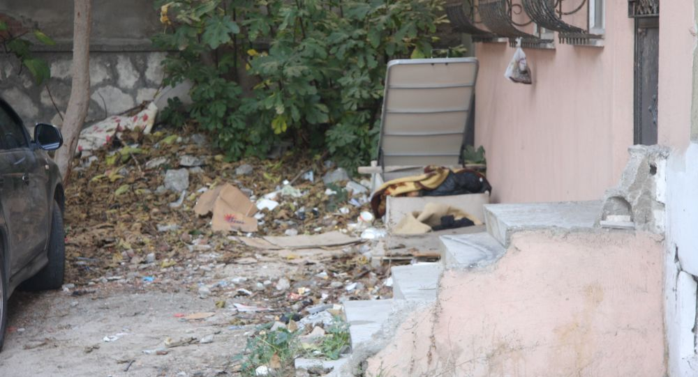 İstanbul'da sokakta yaşayan 70 yaşındaki adam, yatak bazası içinde ölü bulundu