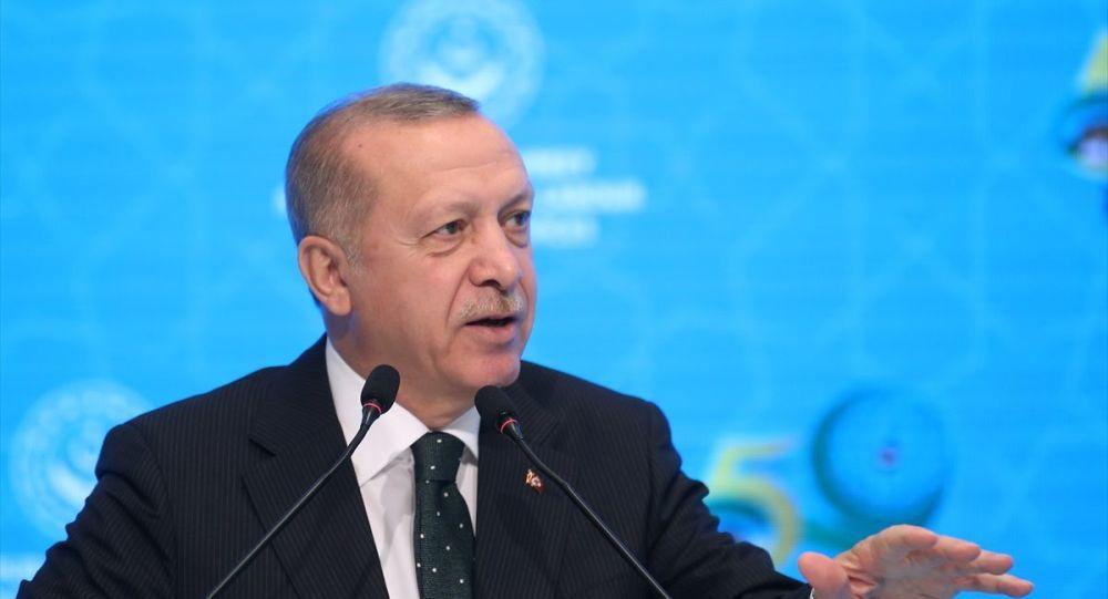 Cumhurbaşanı Erdoğan'dan Macron'a: Sarı Yelekler çıktı, hadi çöz bakalım