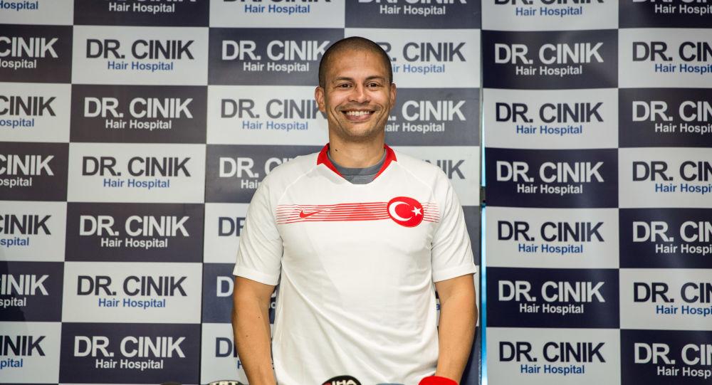 Alex 'Fenerbahçe'ye teknik direktör olarak dönecek misiniz?' sorusunu yanıtladı