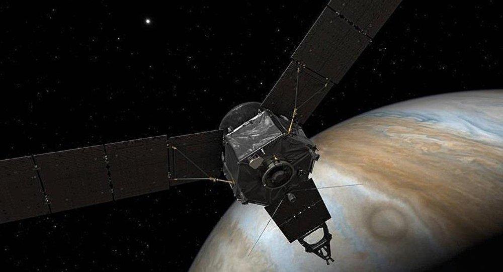 NASA, Jüpiter'de oldukça büyük bir kasırga keşfetti