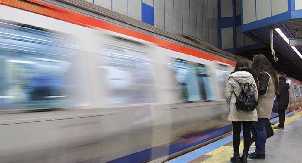 İstanbul'da metro cumartesi günleri de 8 vagonla hizmet verecek