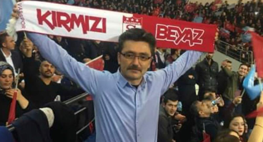 MHP'li ilçe başkanı evinde intihar etti