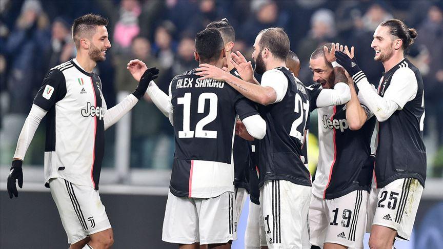 Juventus, Roma'yı İtalya Kupası'ndan eledi