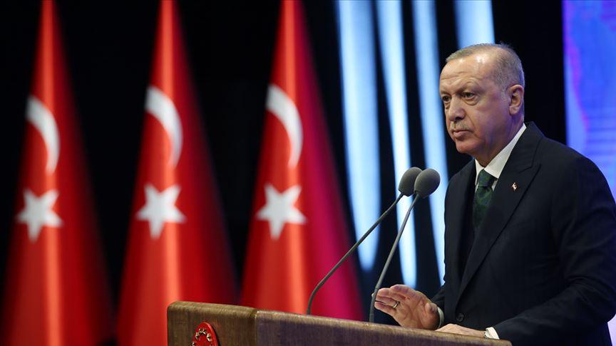 Cumhurbaşkanı Erdoğan: Tüm kurum ve kuruluşlarımızla milletimizin yanındayız