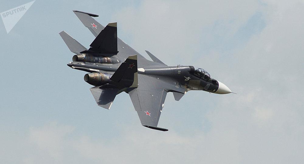 Cezayir'de Su-30 savaş uçağı düştü