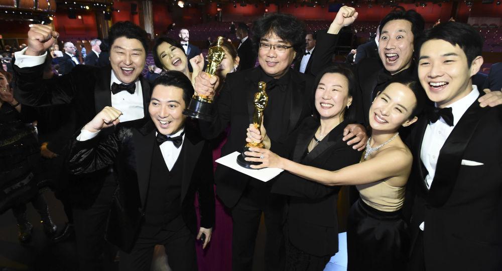 Akademi, Trump'ı memnun edemedi: Parazit nasıl en iyi film seçilir?