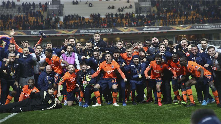 Medipol Başakşehir zoru başardı, UEFA Avrupa Ligi'nde son 16 takım arasına kaldı