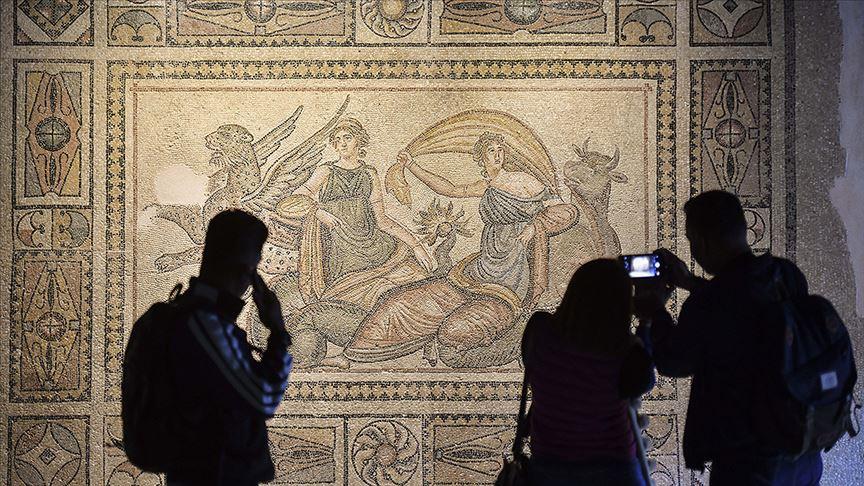 Müzeler sanatseverleri 'onlıne' ağırlıyor