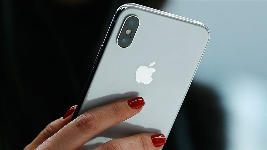Apple şokta! Tüm iPhone üretimleri askıya alındı!