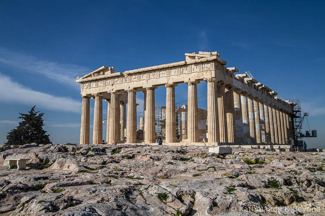 Normalleşmeye hız veren Yunanistan'da Akropolis yeniden ziyarete açıldı