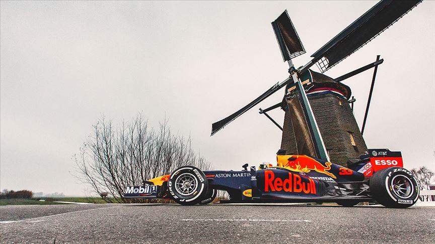 Formula 1'de Hollanda Grand Prix'si 2021'e ertelendi