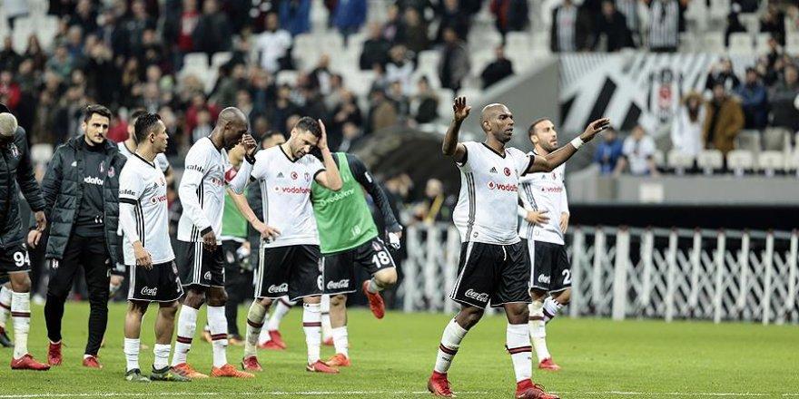 Beşiktaş Kulübü Genel Sekreteri Ürkmezgil: Maça gelmeyenler kafasını duvarlara vuruyordur