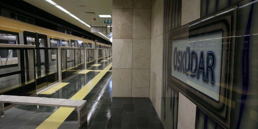 Sürücüsüz metro 4 günde 292 bin 344 yolcu taşıdı