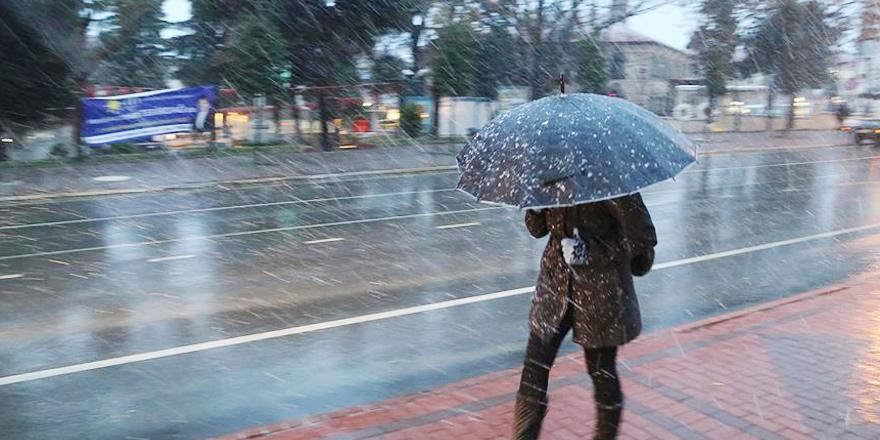 Marmara Bölgesi günü kar yağışlı geçirecek
